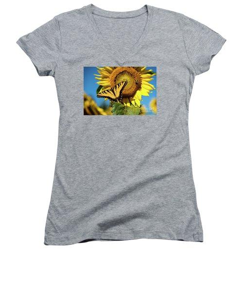 Summer Friends Women's V-Neck T-Shirt