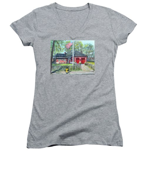 Summer Sunday At E4 Women's V-Neck T-Shirt