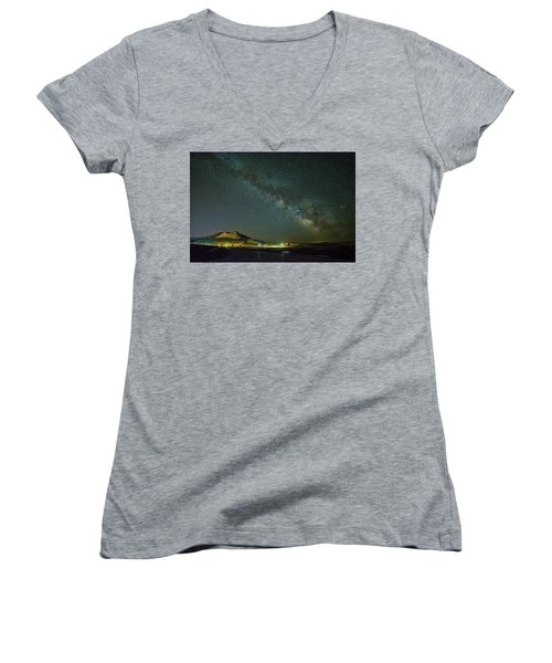 Women's V-Neck featuring the photograph Sundance Milky Way by Fiskr Larsen