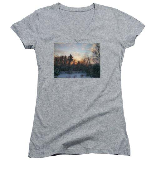 Sundown Winter New England Women's V-Neck T-Shirt