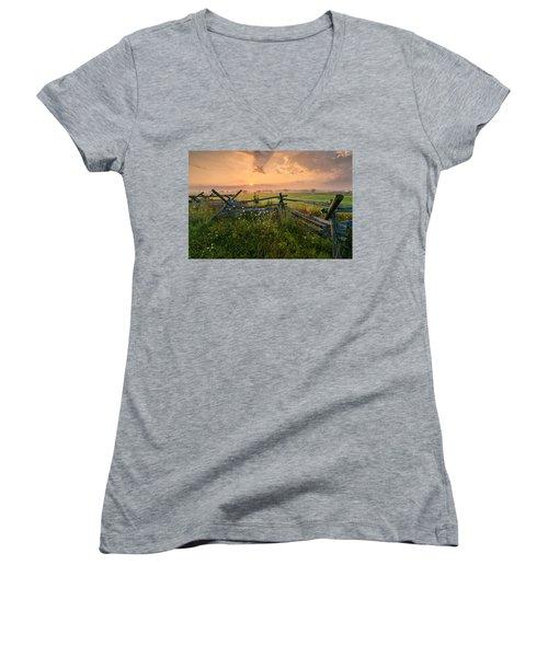 Sunrise At Gettysburg National Park Women's V-Neck T-Shirt