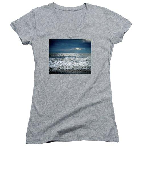 Sunrise-kennebunk Beach Women's V-Neck