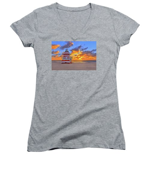 Sunrise Over Lifegaurd Stand On South Miami Beach  Women's V-Neck T-Shirt (Junior Cut) by Justin Kelefas