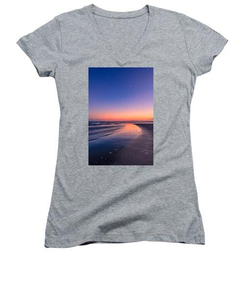 Sunset, Old Saybrook, Ct Women's V-Neck T-Shirt (Junior Cut) by Craig Szymanski