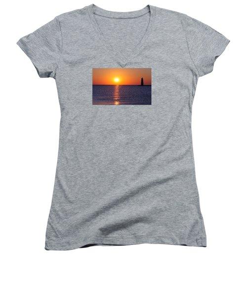 Sunset On Lake Michigan Women's V-Neck T-Shirt