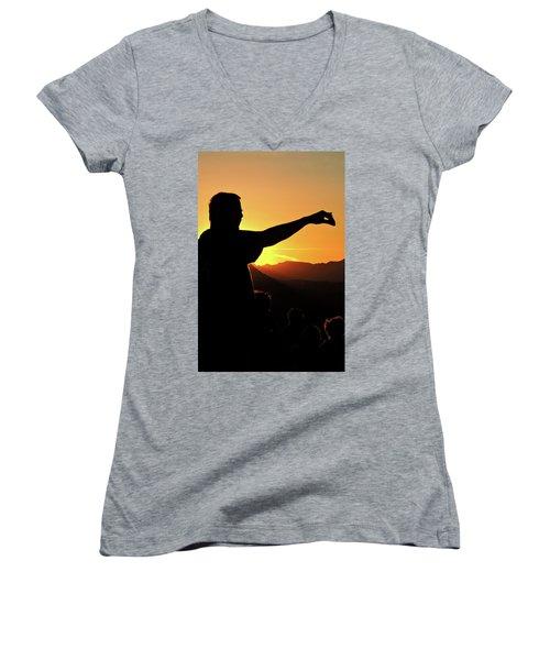 Sunset Silhouette Women's V-Neck