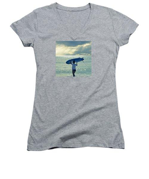 Surfer Girl Square Women's V-Neck T-Shirt