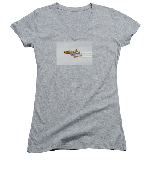 T-6 Texan   Rv-8   Dr-107 Women's V-Neck (Athletic Fit)