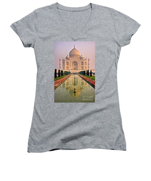 Taj Mahal At Sunrise Women's V-Neck T-Shirt