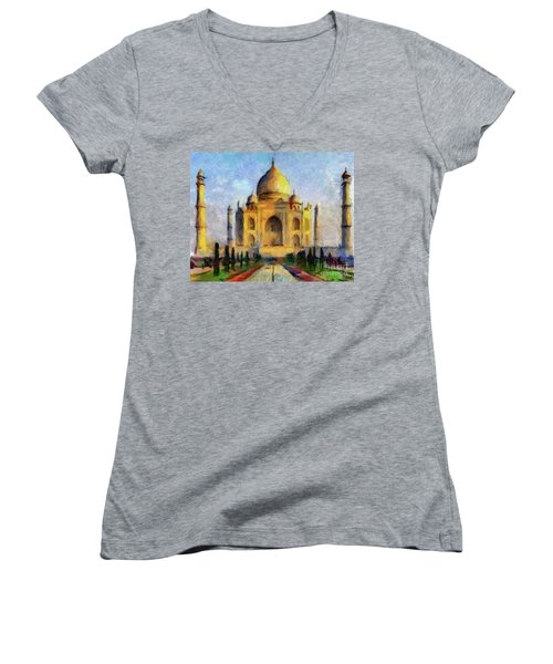 Taj Mahal Women's V-Neck T-Shirt (Junior Cut)