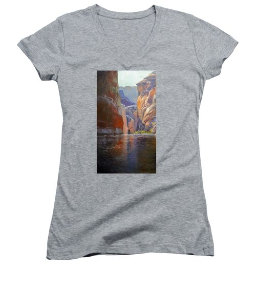 Teapot Point Colorado River Women's V-Neck T-Shirt