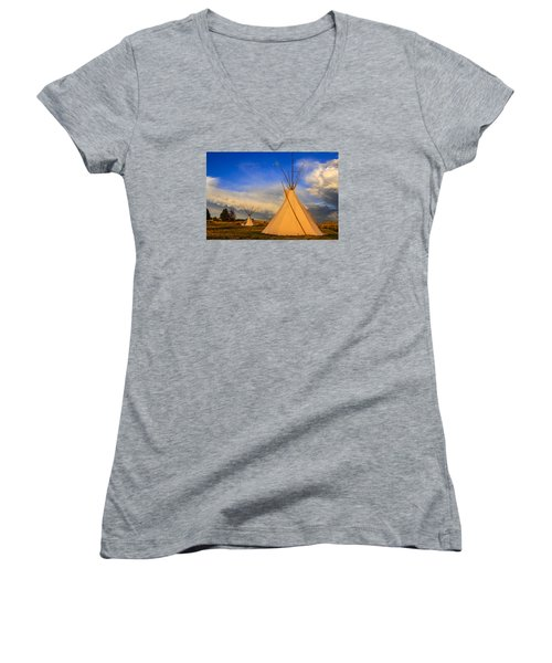 Tepees At Sunset In Montana Women's V-Neck T-Shirt (Junior Cut) by Chris Smith