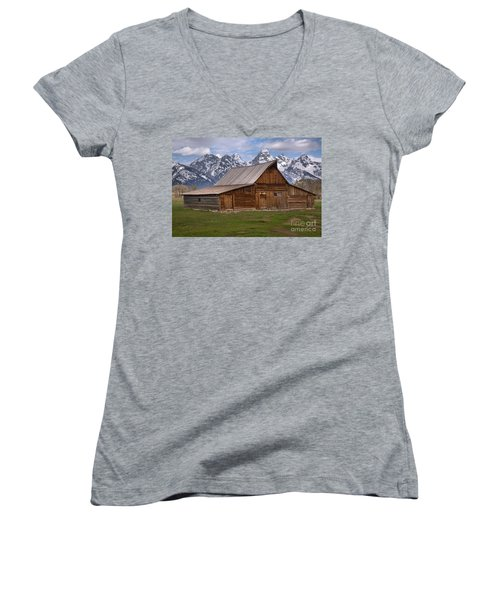 Tetons Towering Over The Moulton Barn Women's V-Neck T-Shirt (Junior Cut) by Adam Jewell