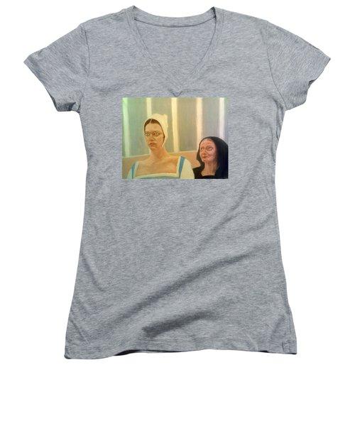 The Apprehension Of Impending Death For Katherine Howard Women's V-Neck T-Shirt