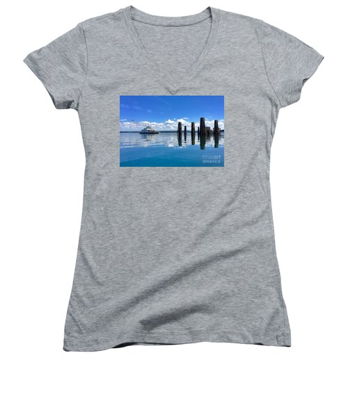 The Arrival Women's V-Neck T-Shirt (Junior Cut) by Sean Griffin