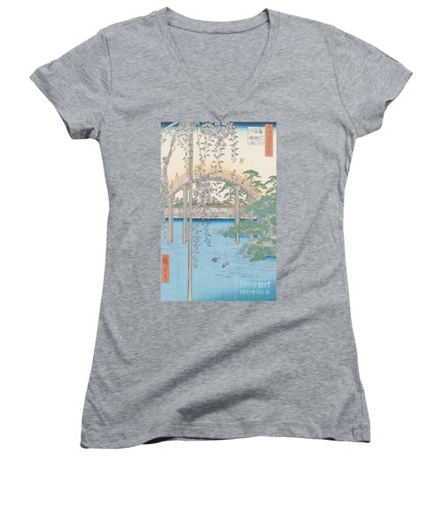 The Bridge With Wisteria Women's V-Neck T-Shirt (Junior Cut) by Hiroshige
