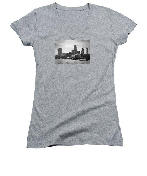 The City In Mono Women's V-Neck T-Shirt