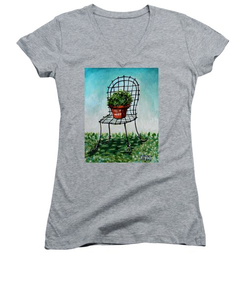 The French Garden Cafe Chair Women's V-Neck