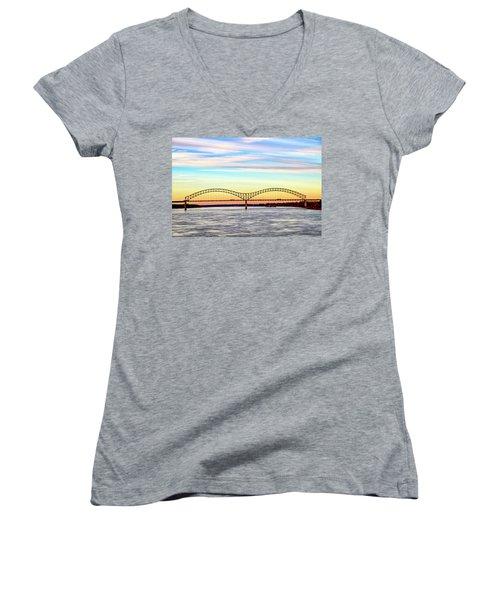 The Hernando De Soto Bridge Women's V-Neck T-Shirt
