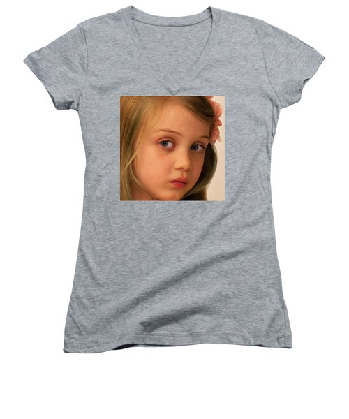 The Look Women's V-Neck T-Shirt