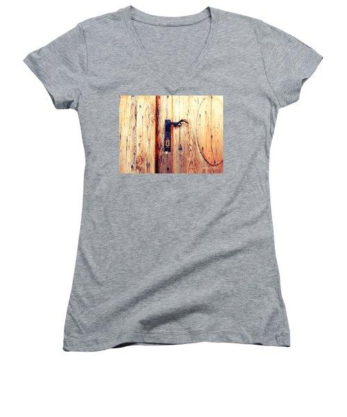 The Lovely Door Handle Women's V-Neck T-Shirt