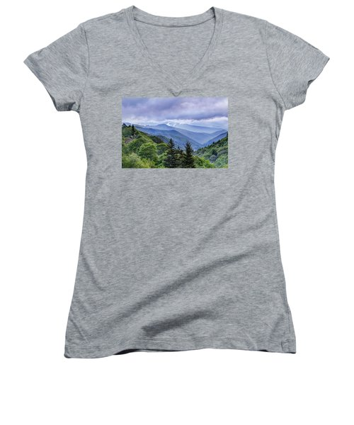 The Mountains Of Great Smoky Mountains National Park Women's V-Neck