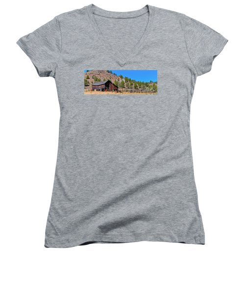 The Old Pine Creek Ranch Barn And Coral Women's V-Neck T-Shirt (Junior Cut) by Ansel Price