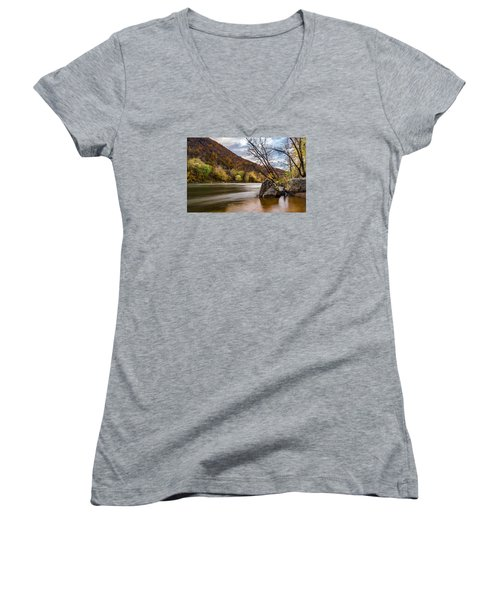 The Potomac In Autumn Women's V-Neck T-Shirt (Junior Cut) by Ed Clark