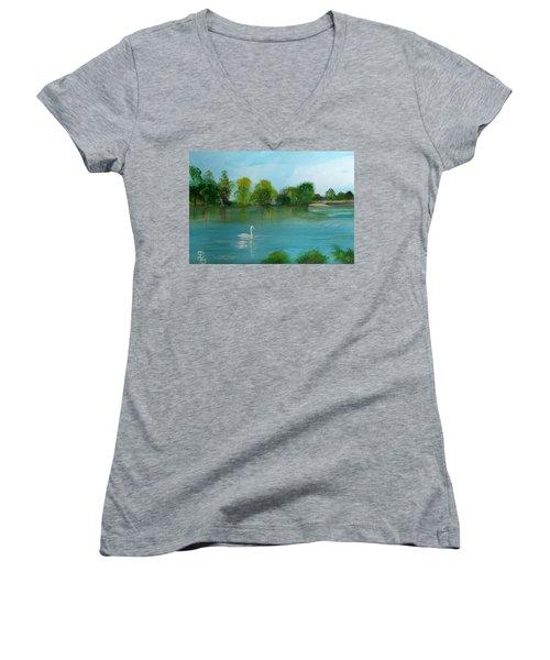 The River Thames At Shepperton Women's V-Neck T-Shirt (Junior Cut) by Carole Robins