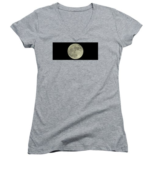 Women's V-Neck featuring the photograph The Super Moon 3 by Robert Knight