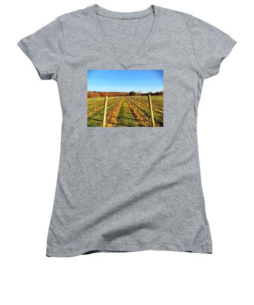The Vineyard Women's V-Neck