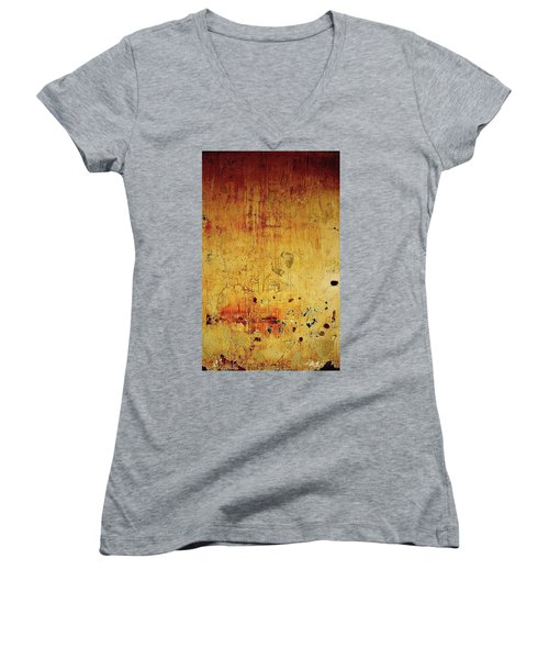 The Wall Women's V-Neck (Athletic Fit)