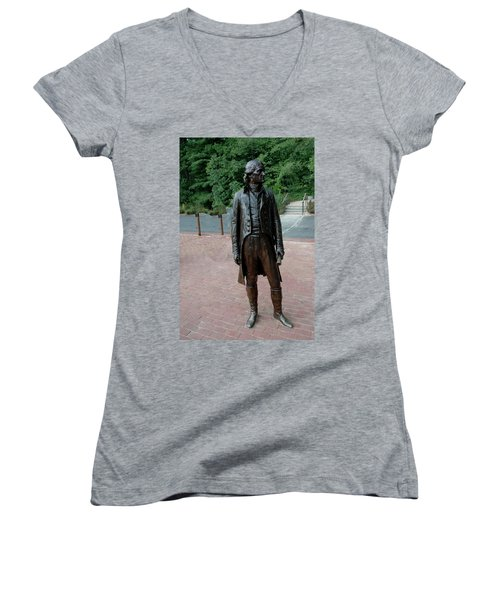 Thomas Jefferson At Monticello Women's V-Neck T-Shirt