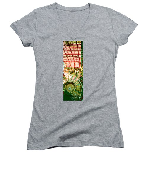 Thompson Center Women's V-Neck