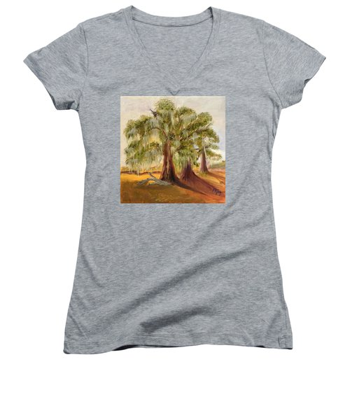 Three Live Oaks With Spanish Moss In A Florida Cow Pasture Women's V-Neck (Athletic Fit)