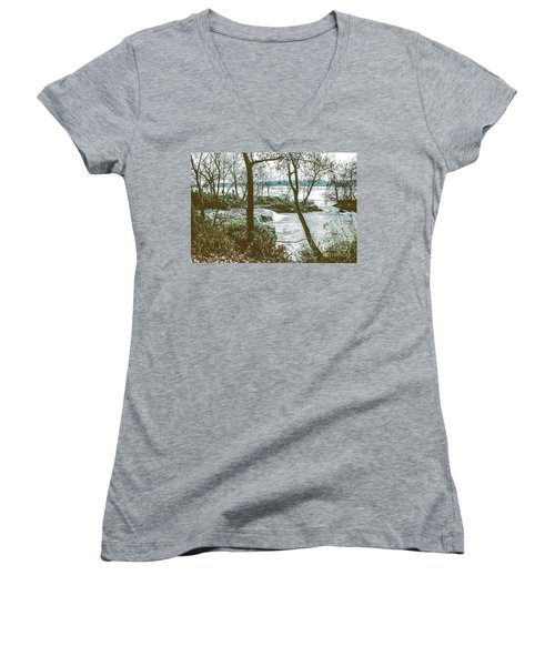 Three Sisters Island Women's V-Neck (Athletic Fit)