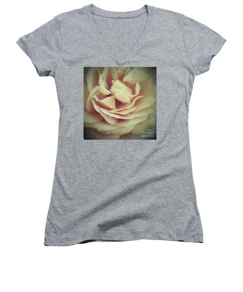 Ti Voglio Bene Mamma Women's V-Neck T-Shirt