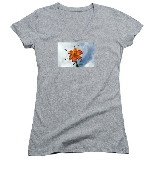 Tiger Lily In A Shower Women's V-Neck T-Shirt (Junior Cut) by Kevin Fortier