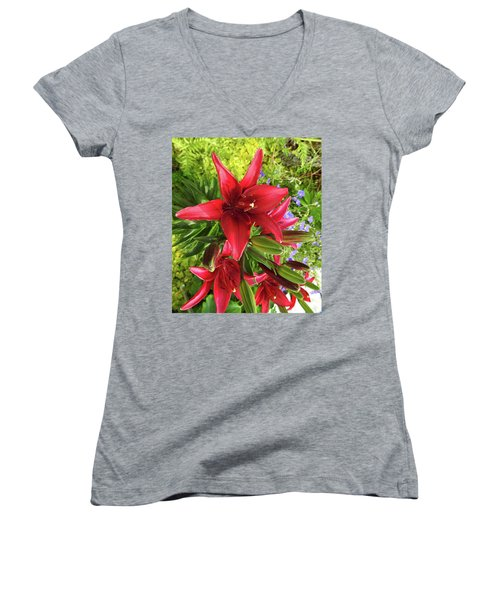 Tiny Ghost Asiatic Lilly Women's V-Neck (Athletic Fit)