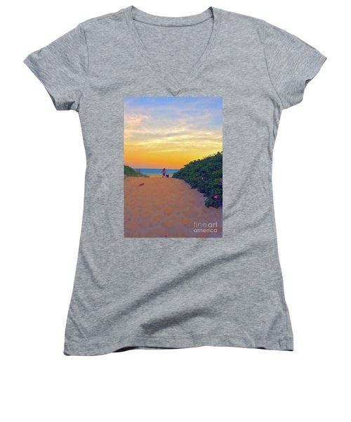To The Beach Women's V-Neck T-Shirt
