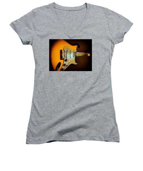 Tobacco Burst Stratocaster Glow Neck Series Women's V-Neck