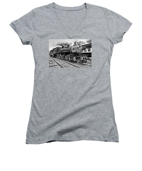 Train - Steam Engine Locomotive 385 In Black And White Women's V-Neck T-Shirt (Junior Cut) by Paul Ward