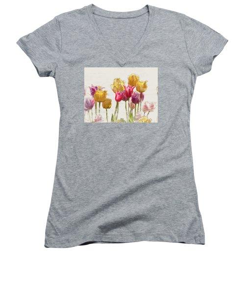 Tulipe Women's V-Neck
