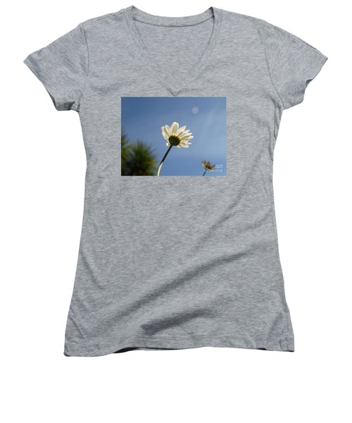 Turn To The Light Women's V-Neck T-Shirt
