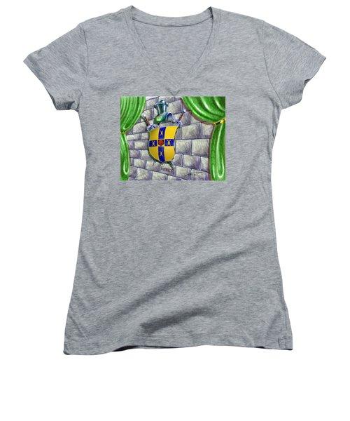 Turner Family Crest Women's V-Neck T-Shirt