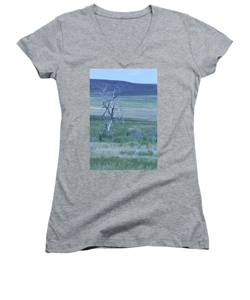 Women's V-Neck T-Shirt (Junior Cut) featuring the photograph Twisted And Free by Mary Mikawoz