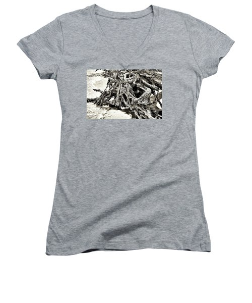 Twisted Driftwood Women's V-Neck T-Shirt