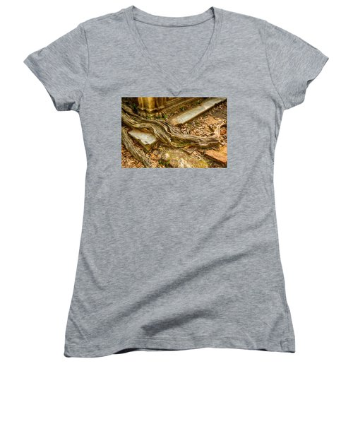 Twisted Root Women's V-Neck