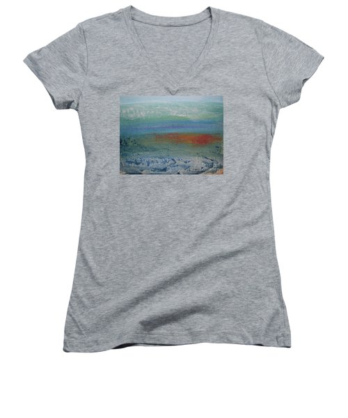 Underwater Women's V-Neck T-Shirt