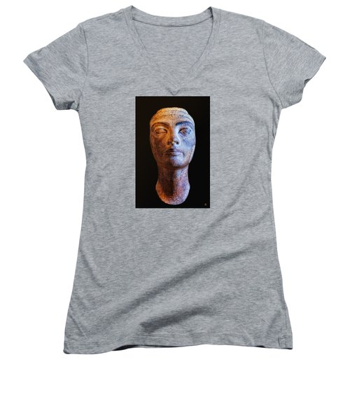 Unfinished Nefertiti Women's V-Neck